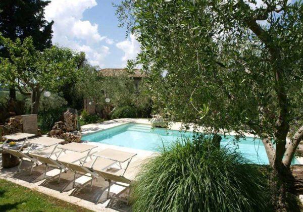 In Sabina, Italy, Retreat, Holiday, Scaravelli, yoga, Catherine Annis, Sabine Hills